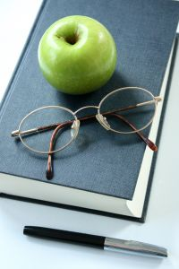 Book Apple Specs